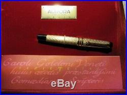 Aurora Fountain Pen a Tribute to Carlo Goldoni