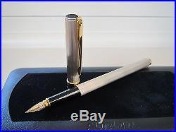 Aurora Magellano A22 sterling silver fountain pen medium 14ct nib MIB