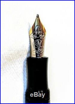 Montblanc Charles Dickens 2001 Writers Series Fountain Pen Broad Nib (B)