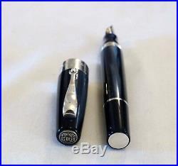 Montegrappa Classica Fountain Pen In Blue With Sterling Silver & 18k Nib New