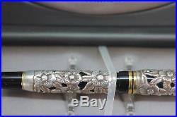 PARKER Duofold Centennial Fountain Pen Ariel Kullock Sterling Silver Overlay