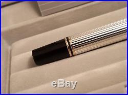 PARKER Duofold International 18K Gold Medium NIB Sterling Silver Fountain Pen