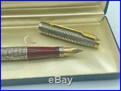 Parker 75 Cisele Fountain Pen Sterling Silver RED SECTION Mint Boxed 14K med nib