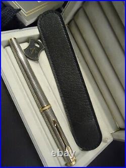 Parker Premier CISELE Fountain Pen Sterling Silver 18k Medium Nib Cased