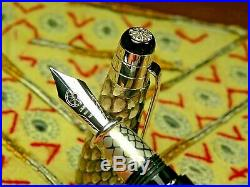 Rare Cigna Snake Fountain Pen, NewithUnused, 18Ct M, Large @ 5 3/4, Italy