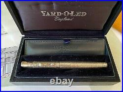 Yard-O-Led Viceroy Grand Barley Fountain Pen sterling silver, 18k gold M nib